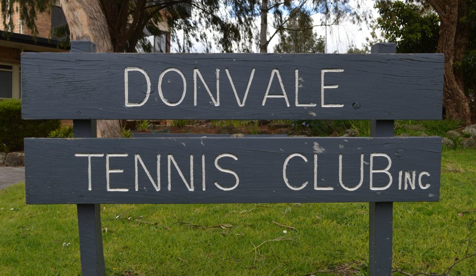 Donvale Tennis Club Sign